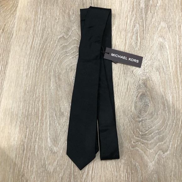 NWT Michael Kors Solid Black Skinny Tie